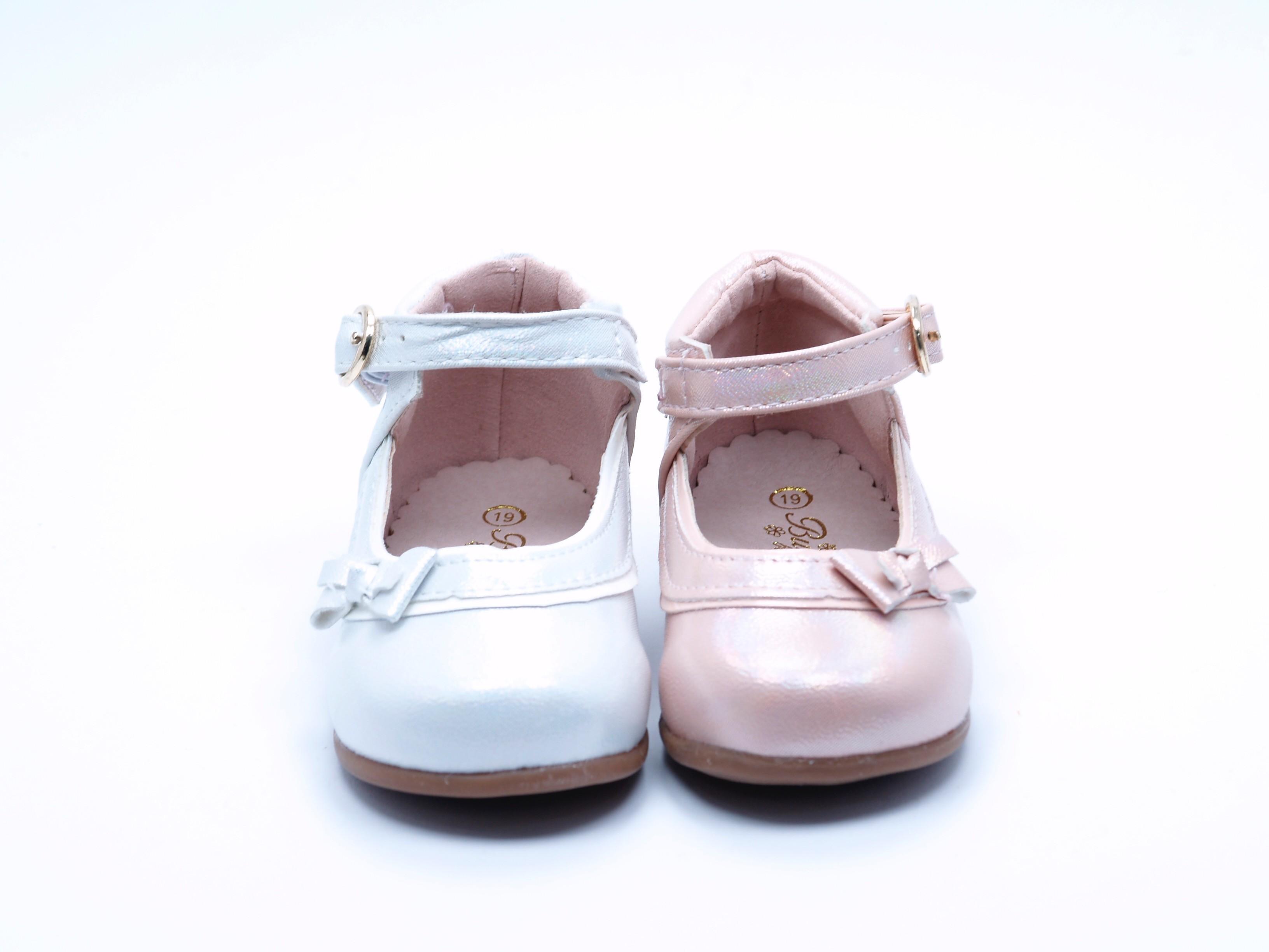 2e16bb50c92 Merceditas con Detalle de lazo en blanco y rosa de Bubble Bobble A990